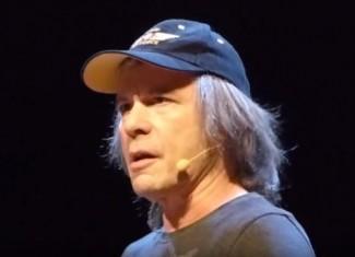 BRUCE DICKINSON: Τα «χώνει» στο Rock And Roll Hall Of Fame